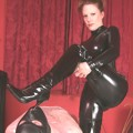 Lady Lydia in black latex & boots