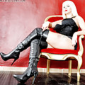 Mistress Heather in leather overknee boots